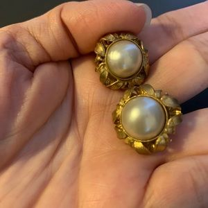 Chanel vintage pearl clip on earrings
